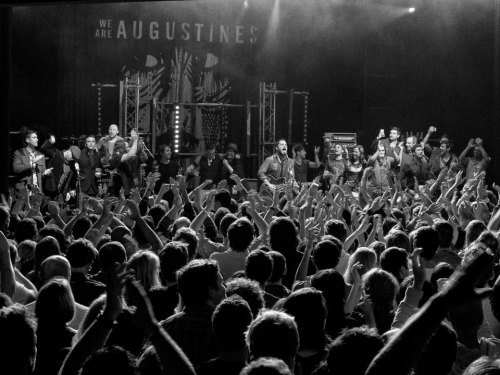 5457804417 We Are Augustines en interview